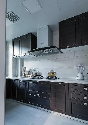厨房图片来自家装大管家在190平现代美式3居 梦想中的模样的分享