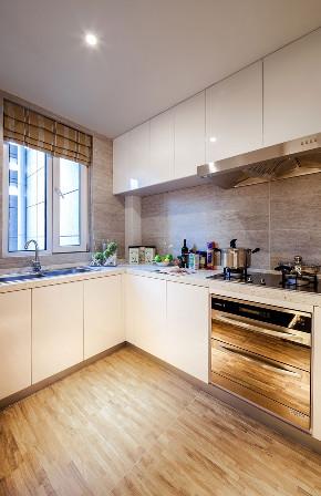 现代 四居 三居 大户型 跃层 复式 小资 80后 厨房图片来自高度国际姚吉智在167平米后现代感受多变的生活的分享