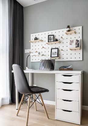 卧室图片来自家装大管家在140平现代北欧3居 拒绝单调冷淡的分享