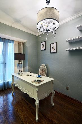 欧式 三居 大户型 复式 跃层 小资 80后 书房图片来自高度国际姚吉智在135平米欧式三居室生活的恩典的分享
