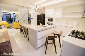 装修风格 装修预算 装修设计 现代风格 厨房图片来自幸福空间在132平,预算内不动格局实用规划的分享