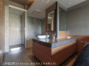 混搭 装修风格 装修设计 卫生间图片来自幸福空间在165平,开放微工业风单身宅!的分享