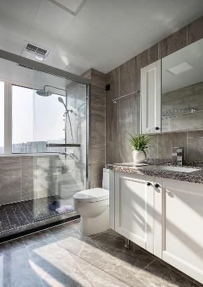 卫生间图片来自家装大管家在清爽与慎重 135平摩登美式空间的分享