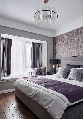 卧室图片来自家装大管家在浅紫色基调 128平美式格调3居室的分享