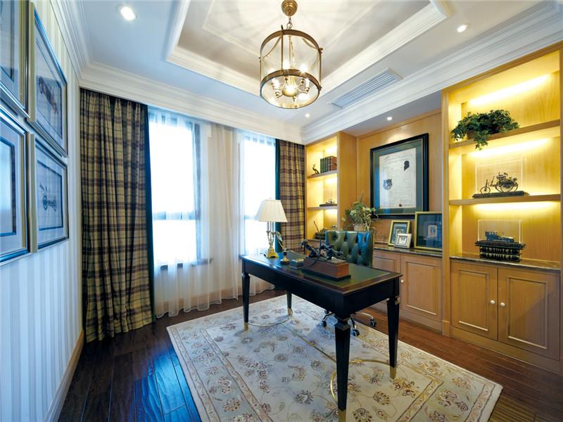书房图片来自北京高度国际在欧式风格的高贵与优雅的分享