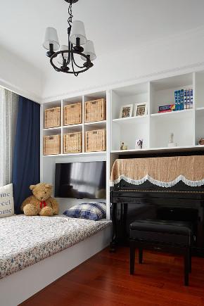 简约 现代 三居 大户型 复式 80后 小资 卧室图片来自高度国际姚吉智在147平米现代简约简单的优雅的分享