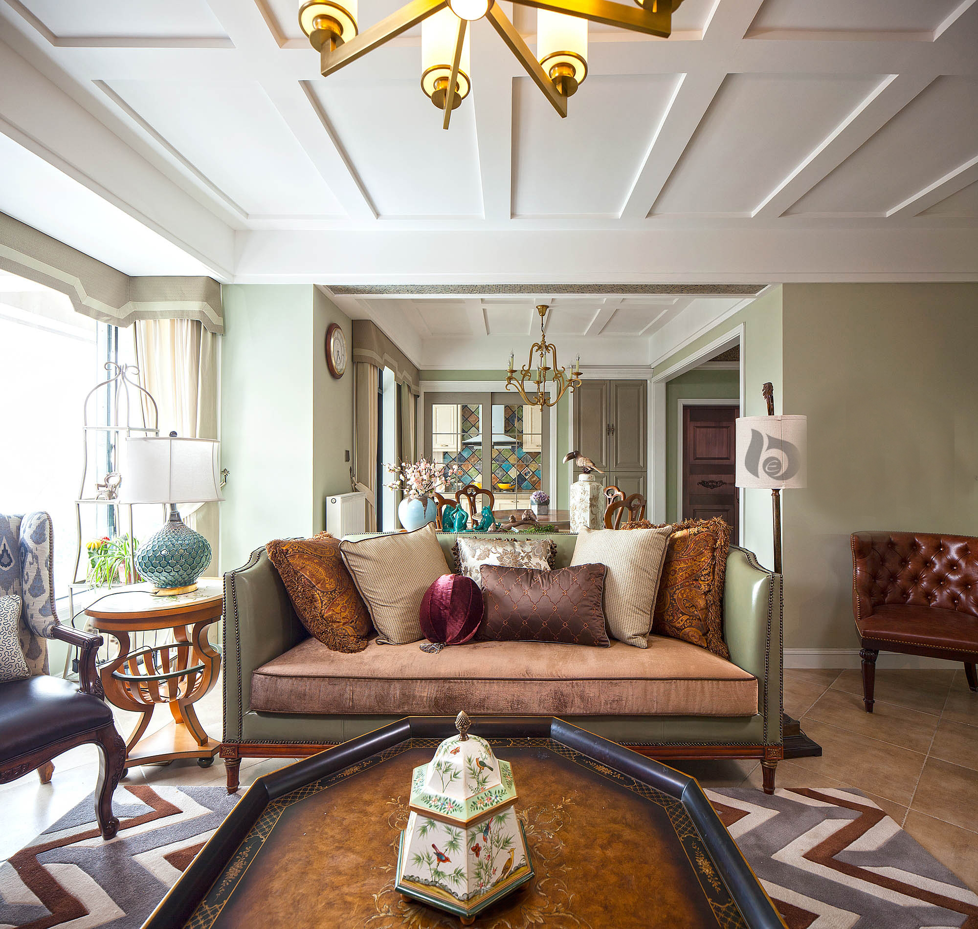 客厅图片来自北京高度国际在华丽的美式范--美式四居的分享