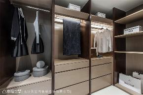 装修设计 装修风格 居家风格 衣帽间图片来自幸福空间在152平,享受空间归属感的分享