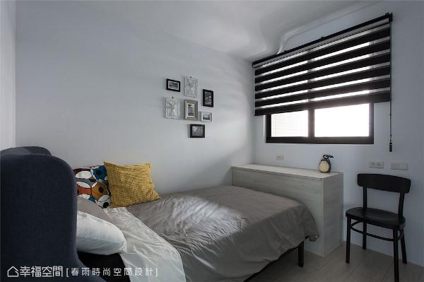 弟弟房 黑白灰色为基调的弟弟房采俐落工业风呈现,完整诠释使用者的性格与喜好。