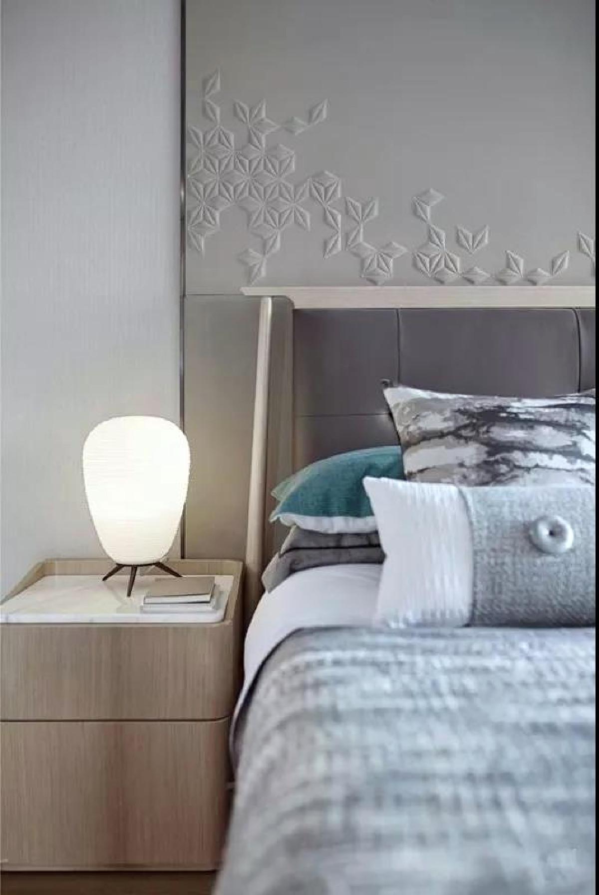 飘窗从视觉上扩大了居室面积,也是休闲的好地方