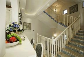 崇明岛别墅 保亿风景水 别墅装修 美式风格 腾龙设计 楼梯图片来自周峻在保亿风景水岸别墅装修美式风格的分享