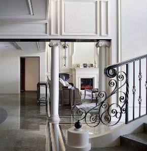 世茂湖滨 湖滨花园 别墅装修 美式风格 腾龙设计 楼梯图片来自周峻在世茂湖滨花园别墅欧美风格设计的分享