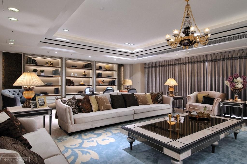 财富海景 装修设计 欧式古典 腾龙设计 客厅图片来自孔继民在财富海景大宅项目完工实景的分享