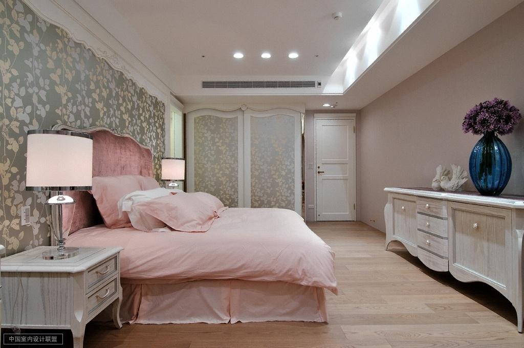 财富海景 装修设计 欧式古典 腾龙设计 儿童房图片来自孔继民在财富海景大宅项目完工实景的分享
