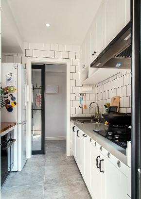 厨房图片来自言白设计在半岛铁盒的分享