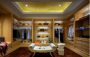 欧式 别墅 跃层 复式 大户型 80后 小资 衣帽间图片来自高度国际姚吉智在450平米始于欧式的奢美梦境的分享