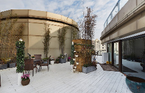 徐汇豪宅 中凯城市 大平层装修 现代风格 阳台图片来自周峻在徐汇中凯城市之光450平大平层的分享