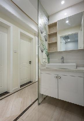 卫生间图片来自家装大管家在89平现代混搭空间 年轻人的选择的分享
