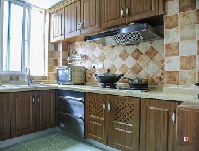 简约 美式 田园 鹏友百年 全案设计 私人订制 厨房图片来自鹏友百年装饰在美式乡村美于恬淡姿态的分享