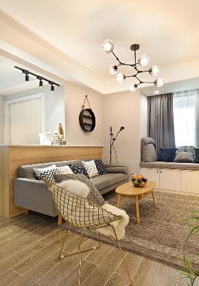 客厅图片来自家装大管家在89平现代简约婚房 明亮时尚风情的分享