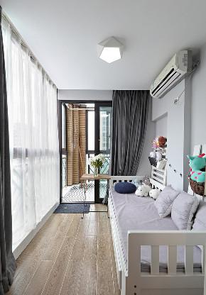 阳台图片来自家装大管家在89平现代简约婚房 明亮时尚风情的分享