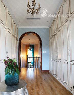 别墅 美式风格 600平米 楼梯图片来自王凤波设计机构在春风十里不如你的分享