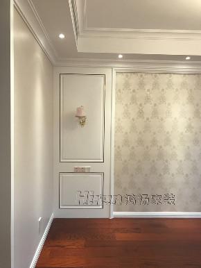简约 欧式 混搭 收纳 白领 80后 小资 卧室图片来自鸿扬家装武汉分公司在东湖楚世家白色欧风的分享