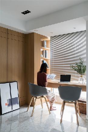 书房图片来自家装大管家在110平现代简约3居 冷静不失格调的分享