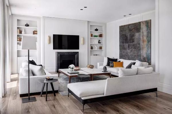 黑白灰的搭配,简单,舒适,搭配暖色系色彩,静谧的格调中增添了一丝活力,却不失整体风格。