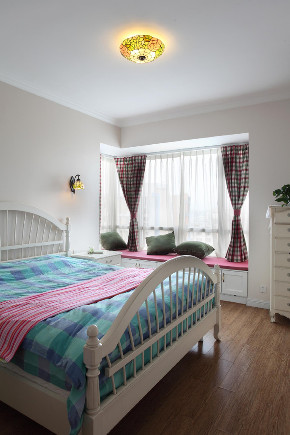 二居 卧室图片来自云南俊雅装饰工程有限公司在盛唐城  地中海风格的分享