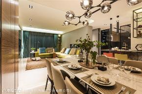 装修设计 装修完成 现代风格 其他图片来自幸福空间在142平,拥抱绿意时尚休闲宅的分享