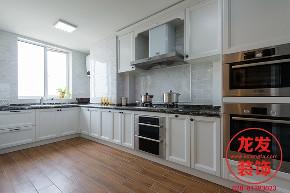 成都龙发 龙发装饰 龙发设计 厨房图片来自用户20000004404262在中海右岸现代美式风格案例分享的分享