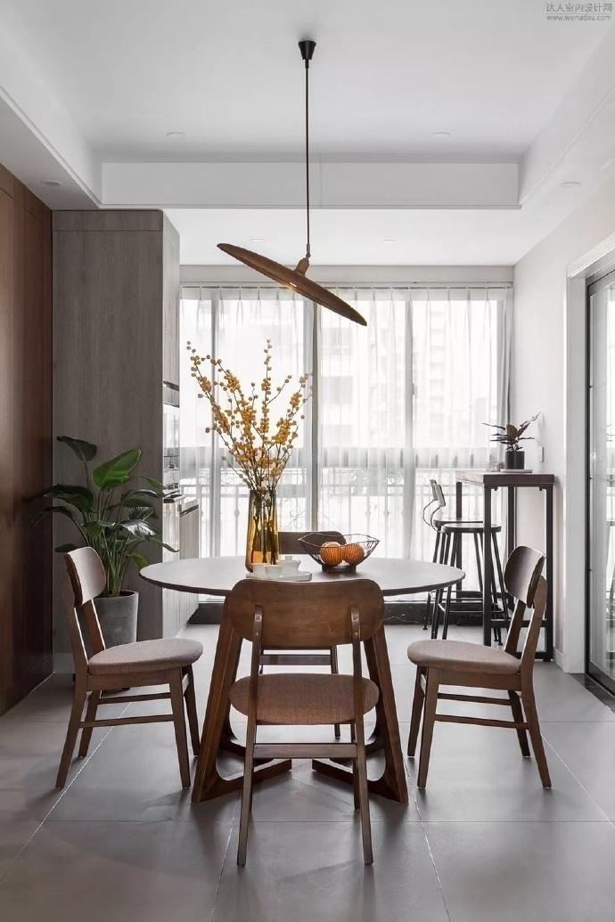 三居 餐厅图片来自云南俊雅装饰工程有限公司在紫香园的分享