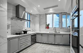 厨房图片来自家装大管家在135平端庄优雅3居 休闲舒适氛围的分享