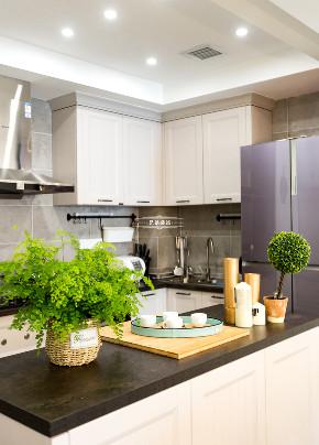 现代北欧 白领 装修 厨房图片来自重庆兄弟装饰黄妃在重庆融侨半岛装修,样板间装修的分享