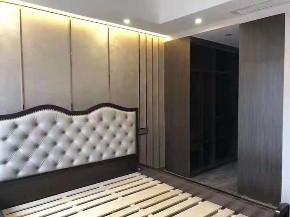 港式 二居 新房装修 中层 卧室图片来自乐粉_20181003112538352在贵阳龙头港式装修效果图的分享