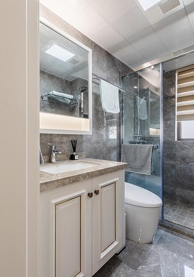 卫生间图片来自家装大管家在儒雅端庄 98平新中式时尚3居室的分享