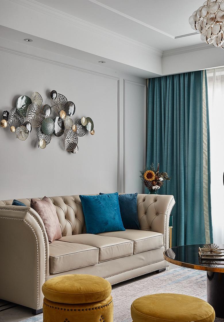 客厅图片来自家装大管家在向往的生活 89平美式轻奢紧凑居的分享