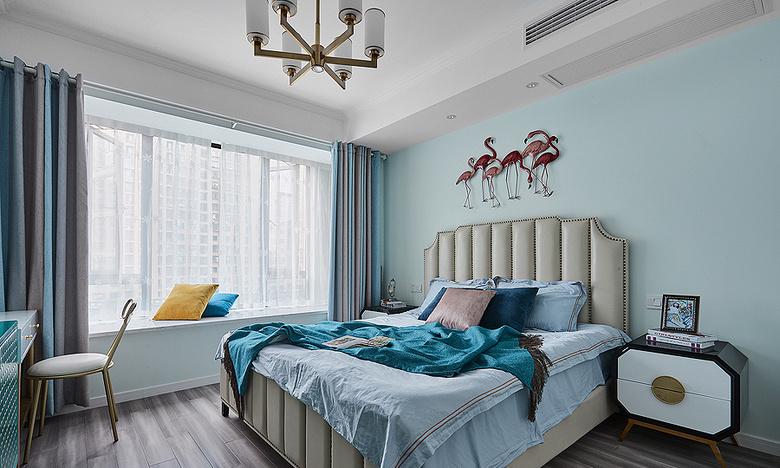 卧室图片来自家装大管家在向往的生活 89平美式轻奢紧凑居的分享