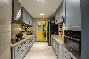 美式 案例 实景 重庆装修 俏业家 复式 厨房图片来自俏业家装饰在龙湖南苑跃层美式实景装修案例的分享