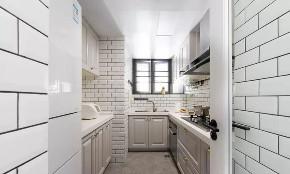 厨房图片来自鹏友百年装饰在简美刚需宅 空间优雅不厚重的分享