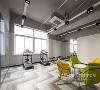 无拘界限:简单有弹性的办公空间
