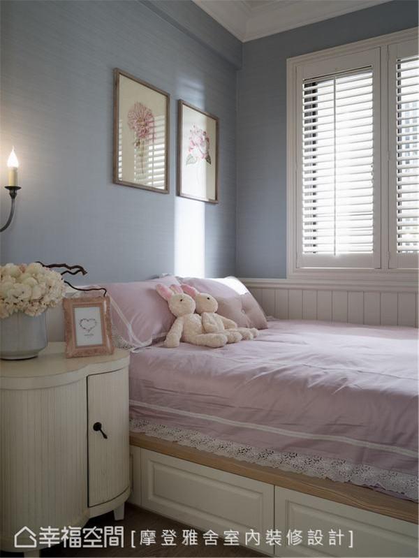 客房 为考量亲戚朋友来访的需求,舍弃更衣间的规划,在有限的空间营造宾至如归的温馨之美。