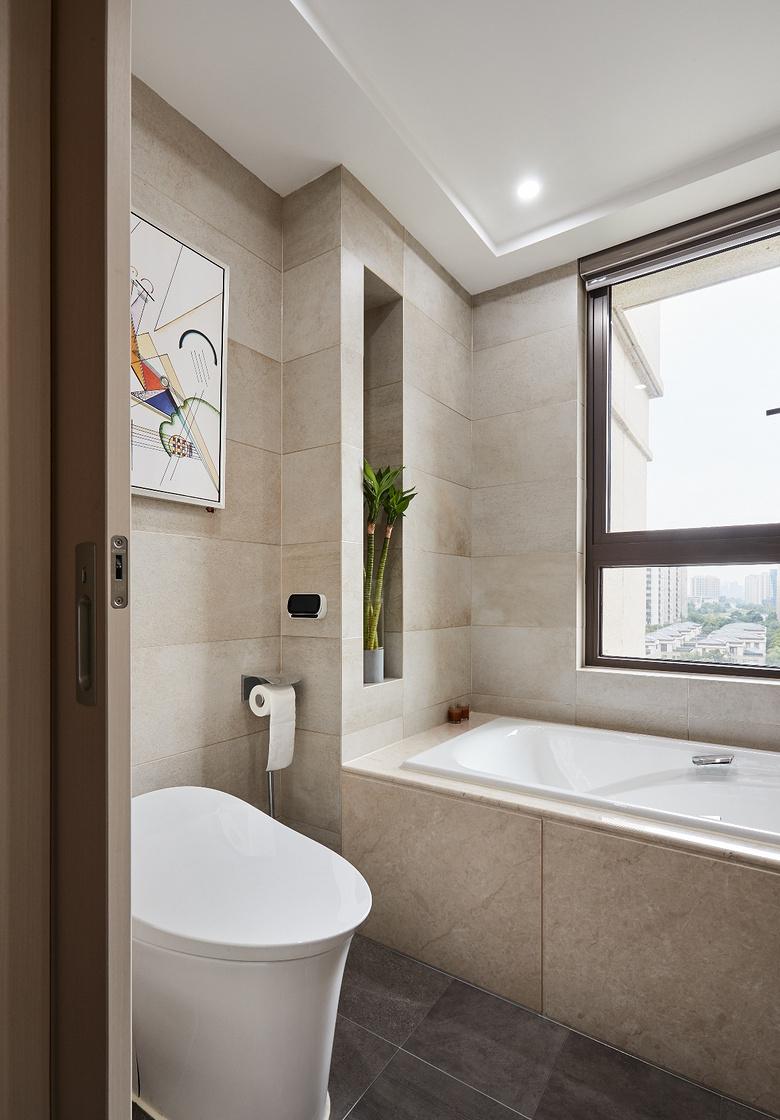 卫生间图片来自家装大管家在简洁明亮 118平高冷现代时尚3居的分享