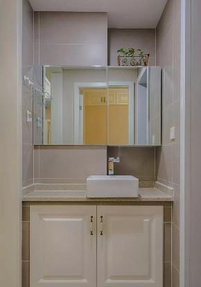 现代 美式 混搭 鹏友百年 全案设计 重庆家装 精装 卫生间图片来自鹏友百年装饰在现代美式三房的分享