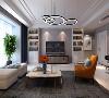被留白填满的起居室里,每一个物件都饱含着热烈的情感。客厅配以现代风格的高级家具,华而不奢。