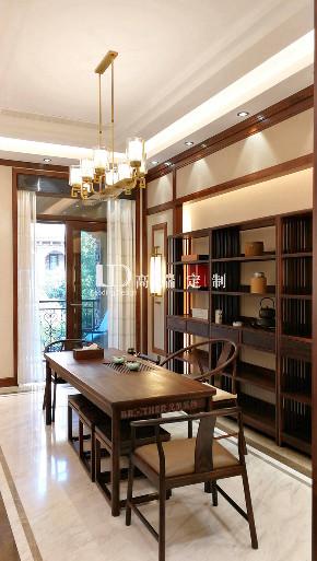 中式 别墅 高端设计 餐厅图片来自重庆兄弟装饰黄妃在联排别墅装修兄弟装饰LD高端定制的分享