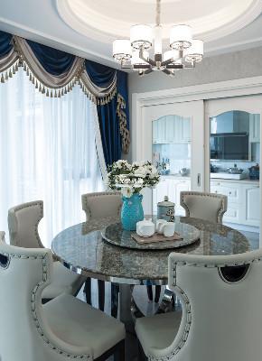 欧式 高层 设计 餐厅图片来自重庆兄弟装饰黄妃在金科廊桥水岸全案装饰装修设计的分享