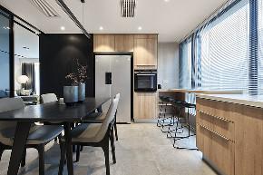 厨房图片来自家装大管家在140平现代时尚3居 精致不失温馨的分享