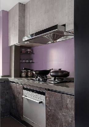 厨房图片来自家装大管家在鲜明利落视觉 120平现代时尚3居的分享
